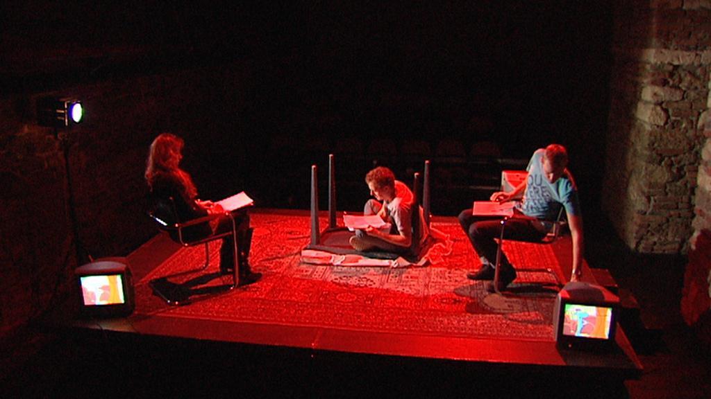 Theatre Uncut / Divadlo Letí