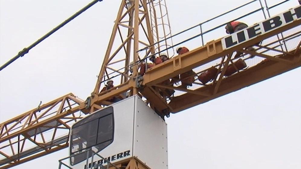 Práce ve výškách je velmi nebezpečná. Nejen kvůli větru