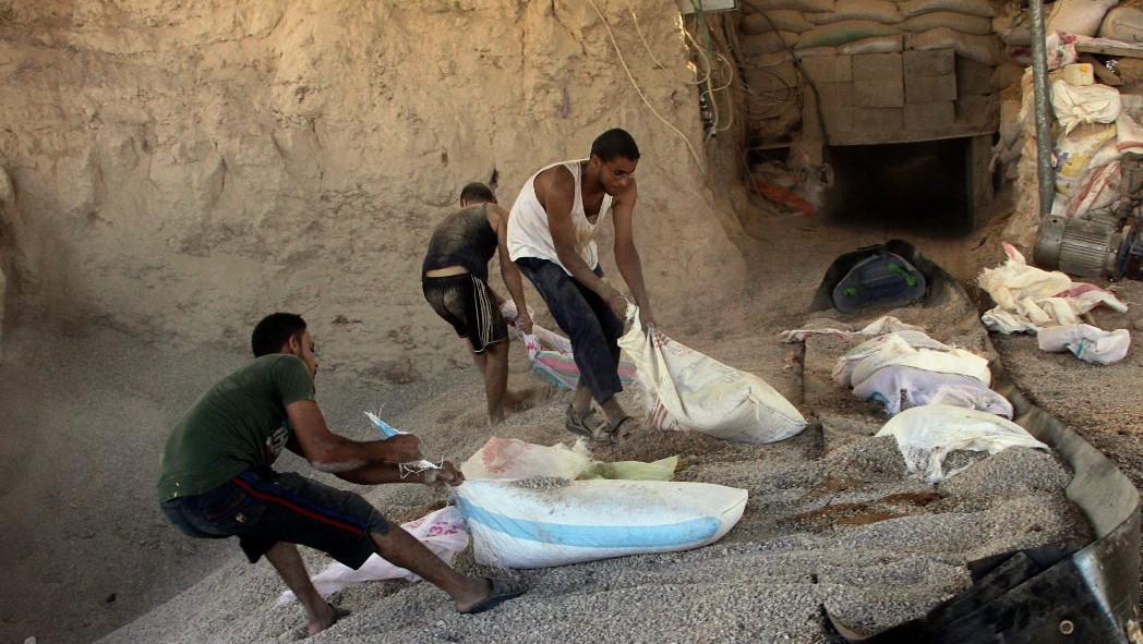Pašerácký tunel mezi Gazou a Egyptem u Rafáhu