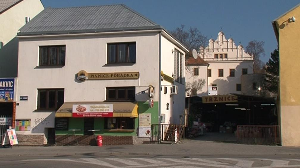 Blanenské radnici vadí, že tržnice ničí výhled na opravený zámek