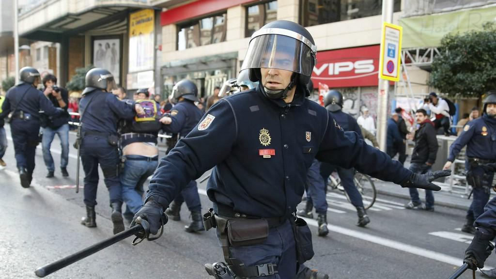 Evropu zachvátila vlna stávek