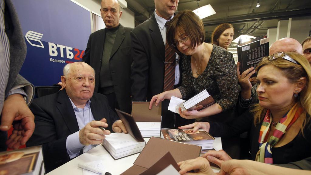 Gorbačov v obležení svých čtenářů