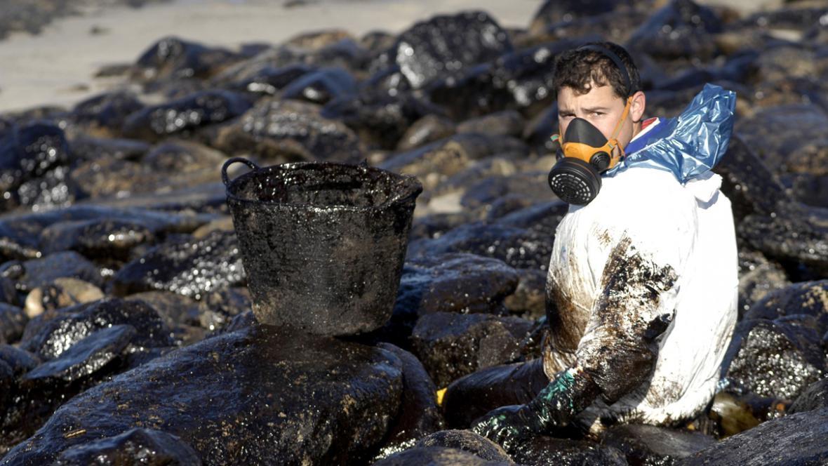 Havárie tankeru Prestige způsobila ekologickou katastrofu