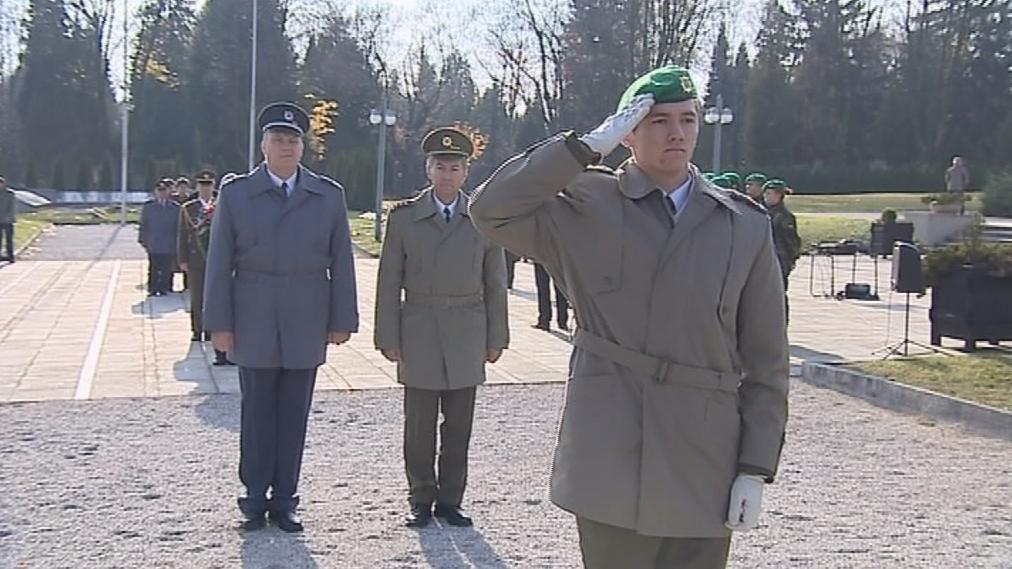 Den veteránů slaví Česko od roku 2001