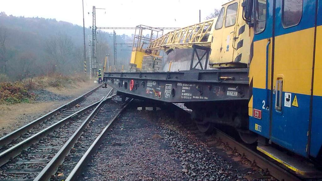 Vykolejený vlak na Teplicku