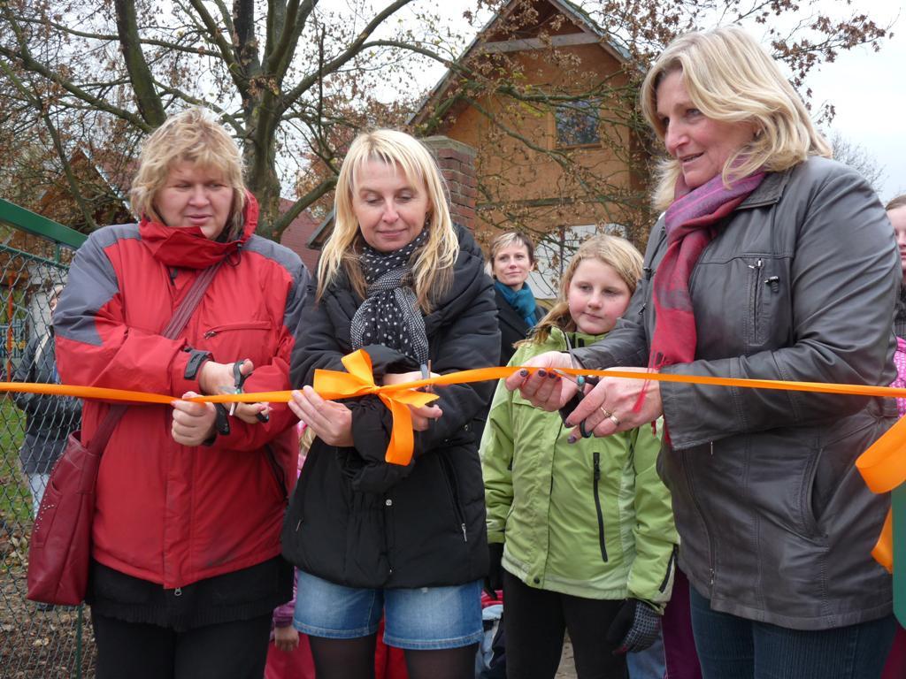 Z otevření nového areálu školy v Jílovém