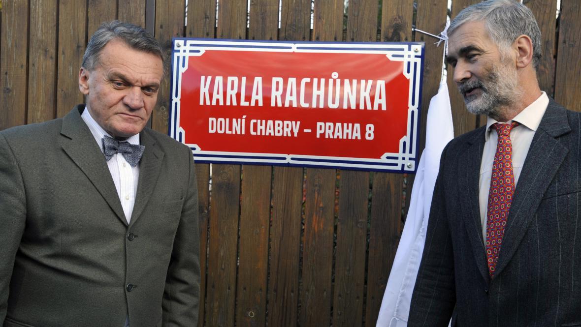 Po tragicky zesnulých hokejistech se jmenují ulice v Dolních Chabrech
