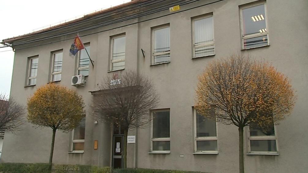 Účetní měla obci zpronevěřit 2,4 milionu korun