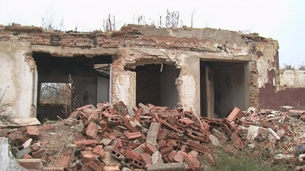 Budova je v dezolátním stavu
