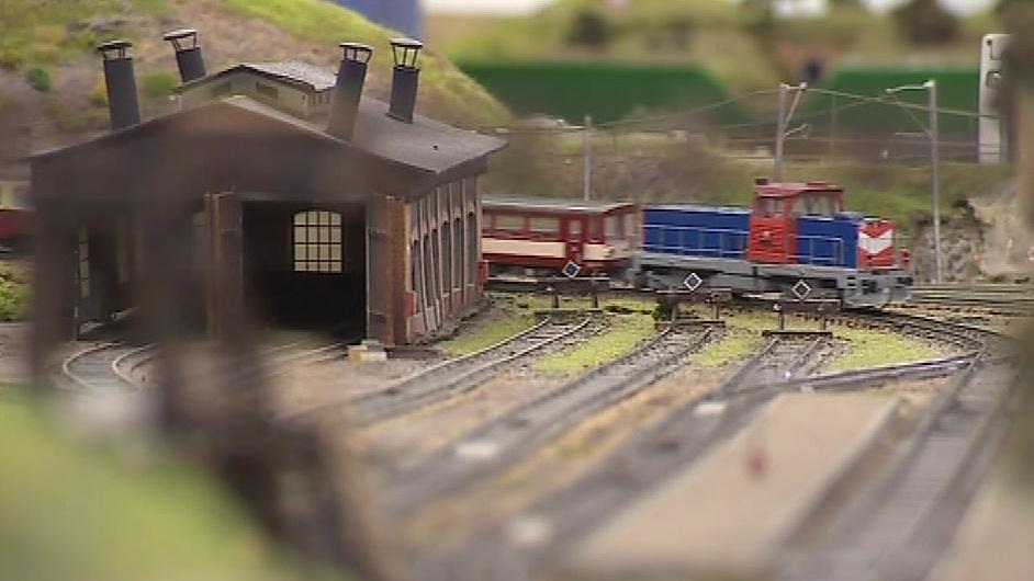Vlaky si mohou návštěvníci i zkusit řídit