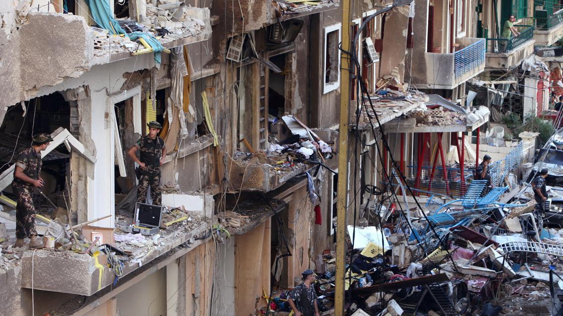 Následky pumového útoku v Bejrútu