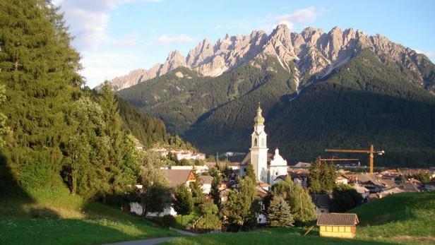 Vesnička v Dolomitech