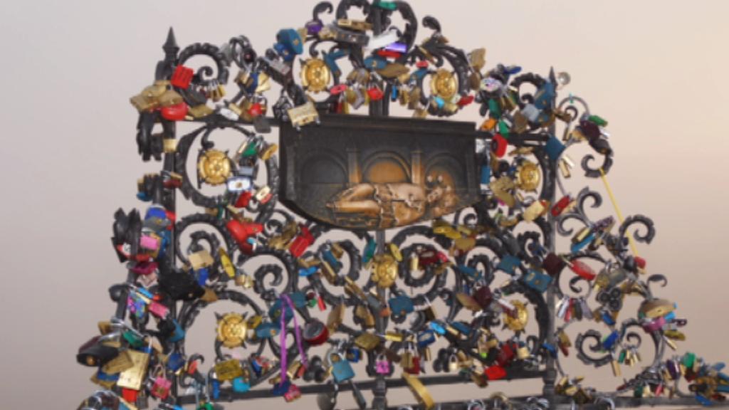 Zámky na Karlově mostě