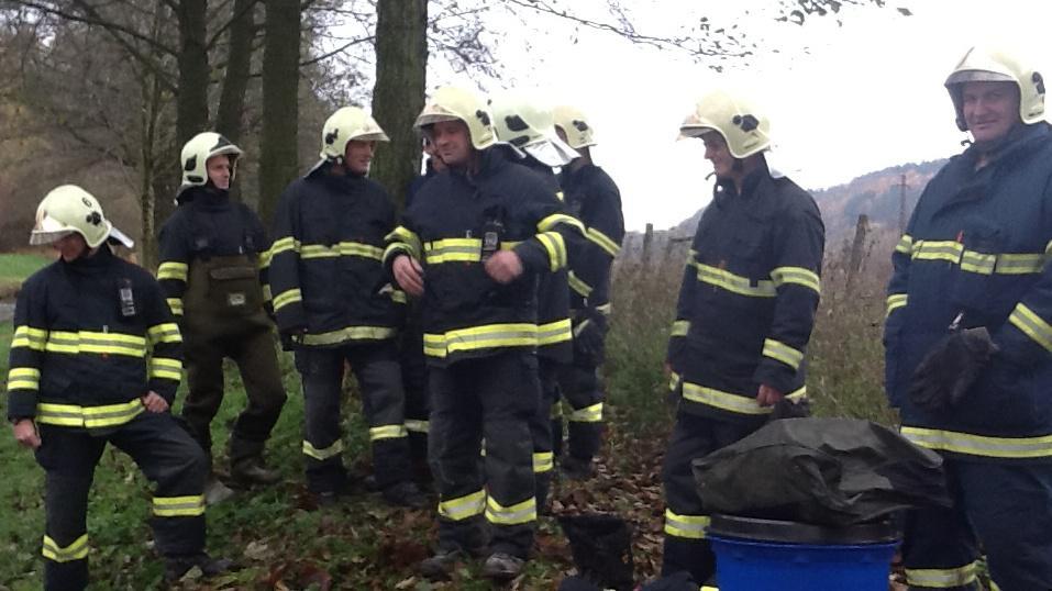 Na místě jsou 2 jednotky hasičů