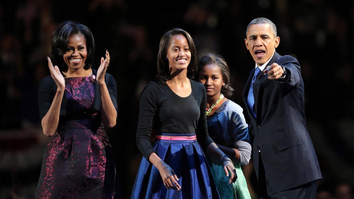 Barack Obama s rodinou před vítězným projevem