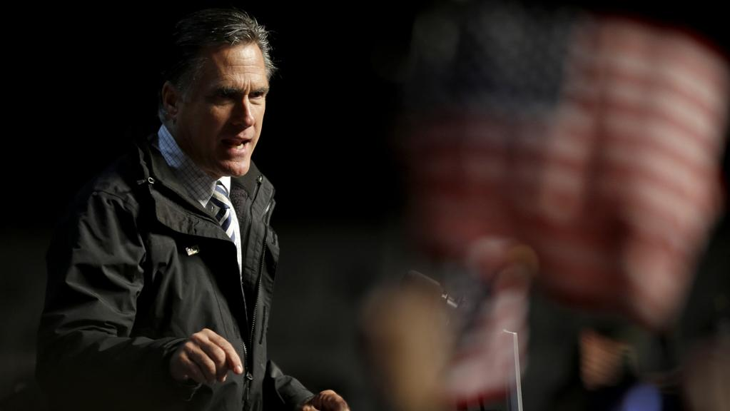 Romney na jednom z posledních mítinků