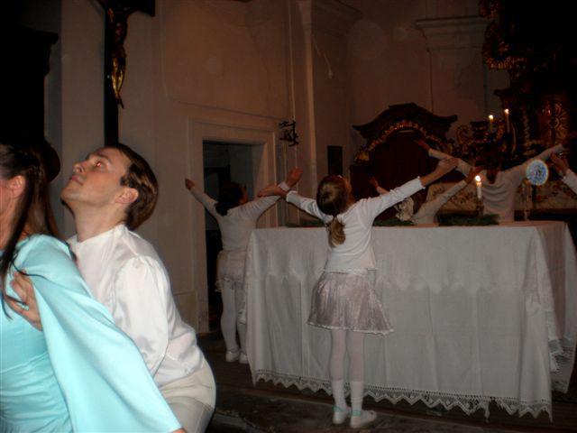 Baletní vystoupení v Košticích