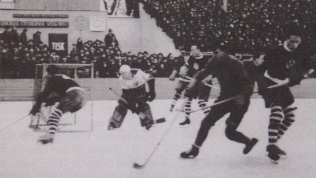Hokejový zápas na Štvanici