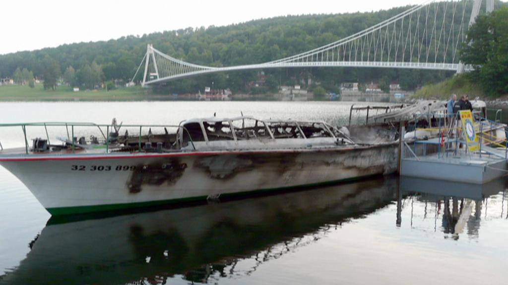 Shořelá loď
