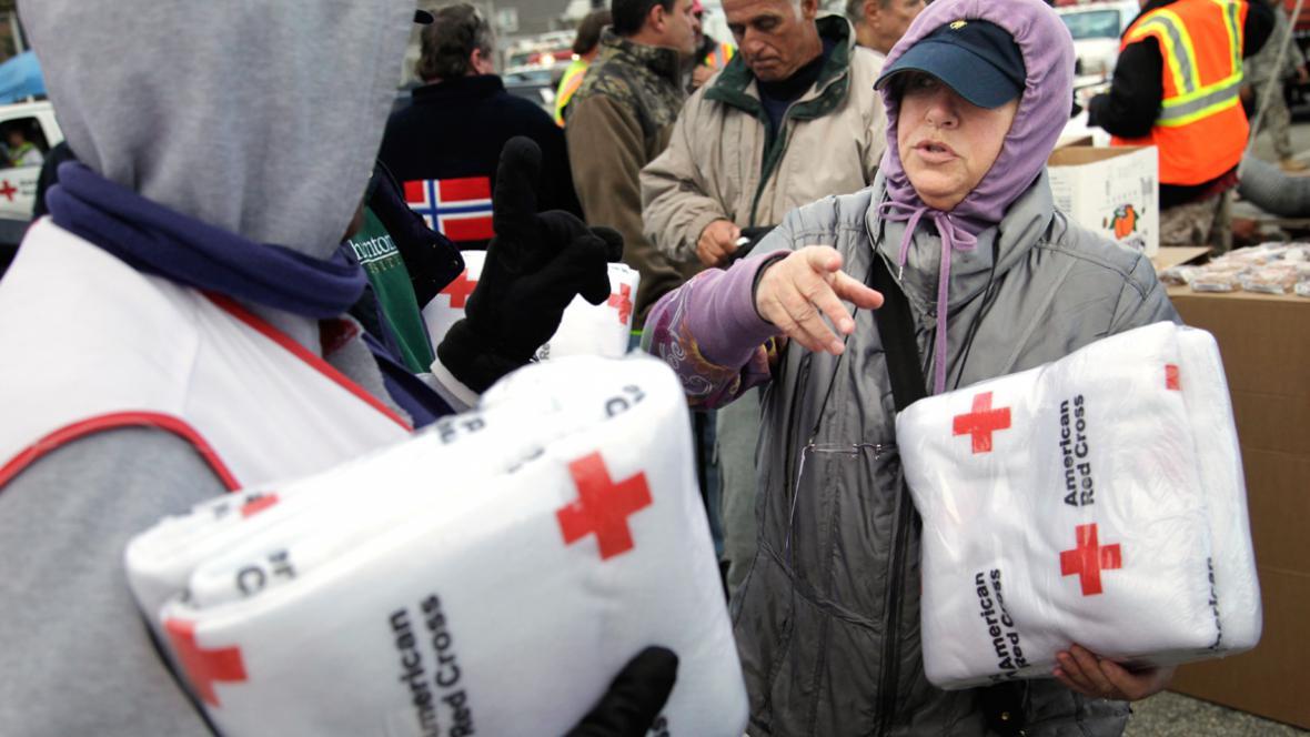 Pomoc pro lidi zasažené hurikánem Sandy