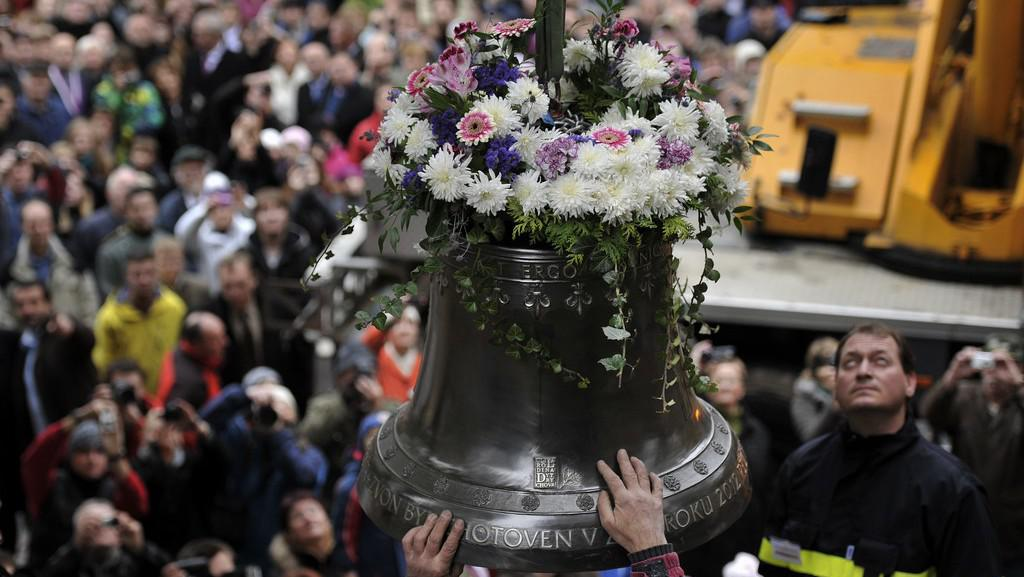 Dosazení zvonu