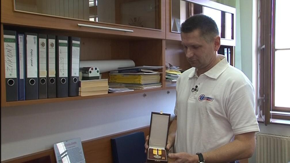 Rudolf Zvolánek získal medaili za záchranu muže