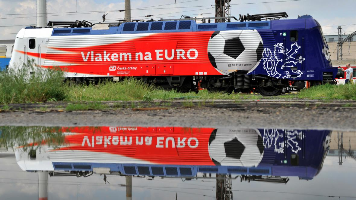 Lokomotiva Škoda 109E propagující Euro 2012