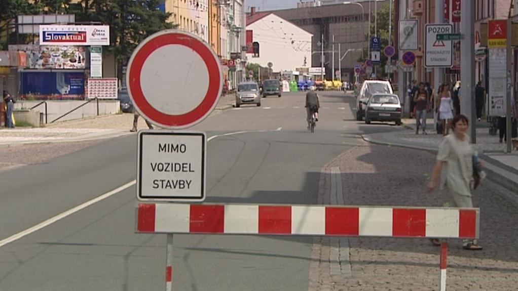 Uzavřená ulice v centru Hradce Králové