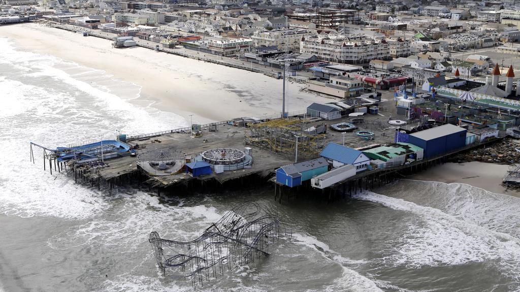 Zábavní park Seaside Heights po návštěvě bouře Sandy