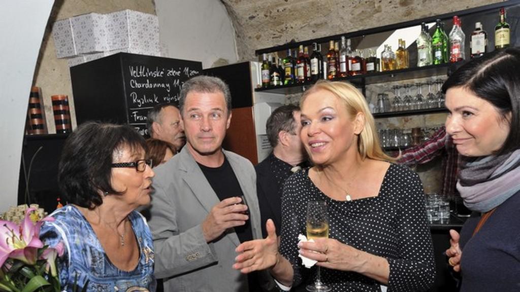 Zleva: Marta Kubišová, Milan Hein,Dagmar Havlová, Anna K.