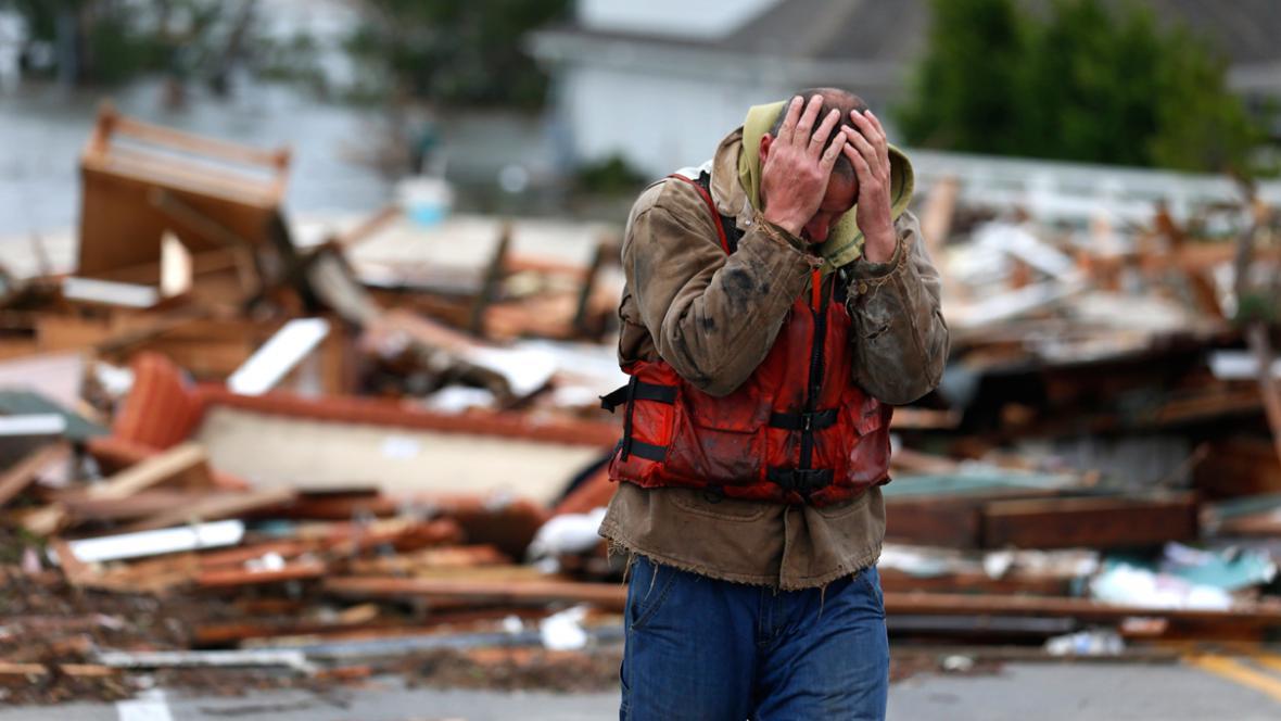 Bouře Sandy napáchala obrovské škody
