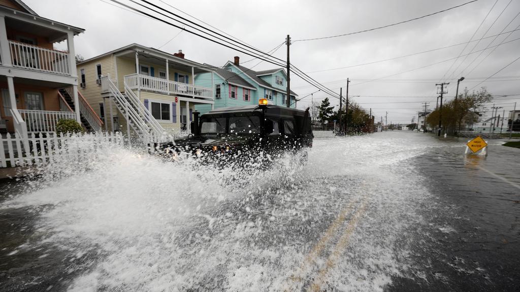 Spojené státy ochromila superbouře Sandy