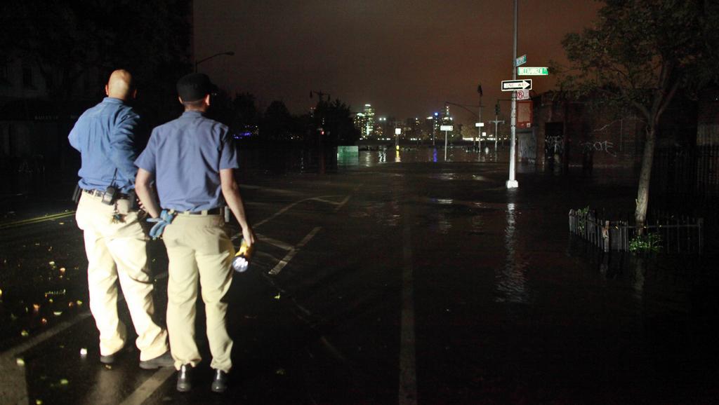 Následky bouře Sandy v ulicích New Yorku