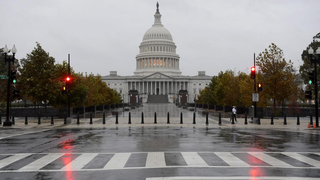 Washington se připravuje na Sandy