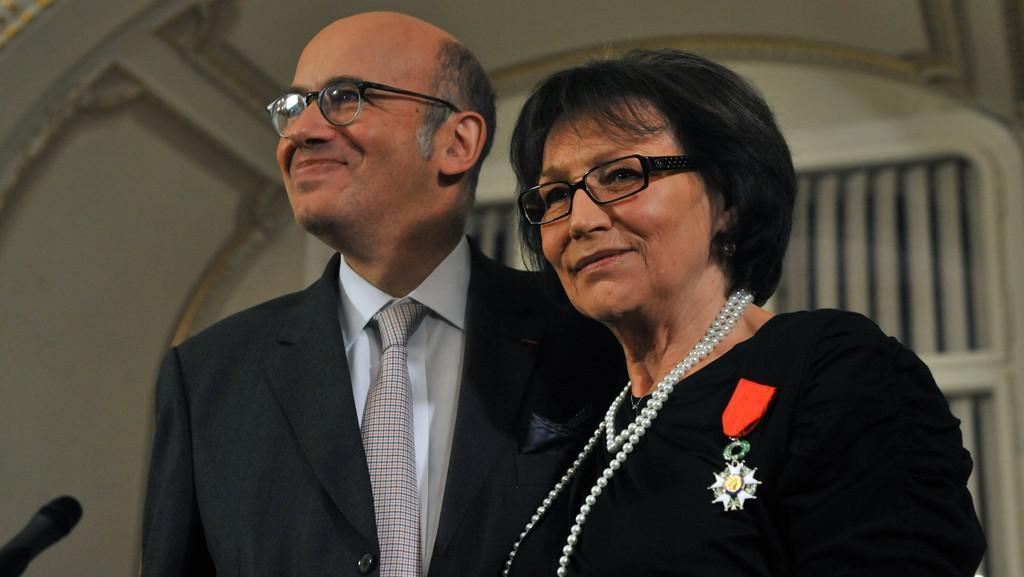 Velvyslanec Pierre Lévy a Marta Kubišová s Řádem čestné legie