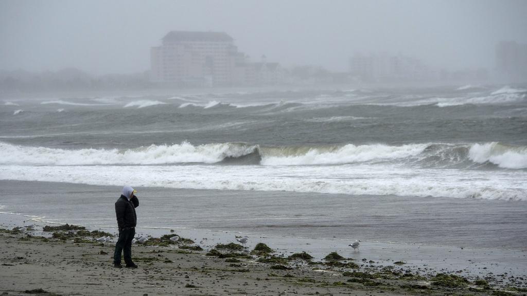 Hurikán Sandy se hlásí