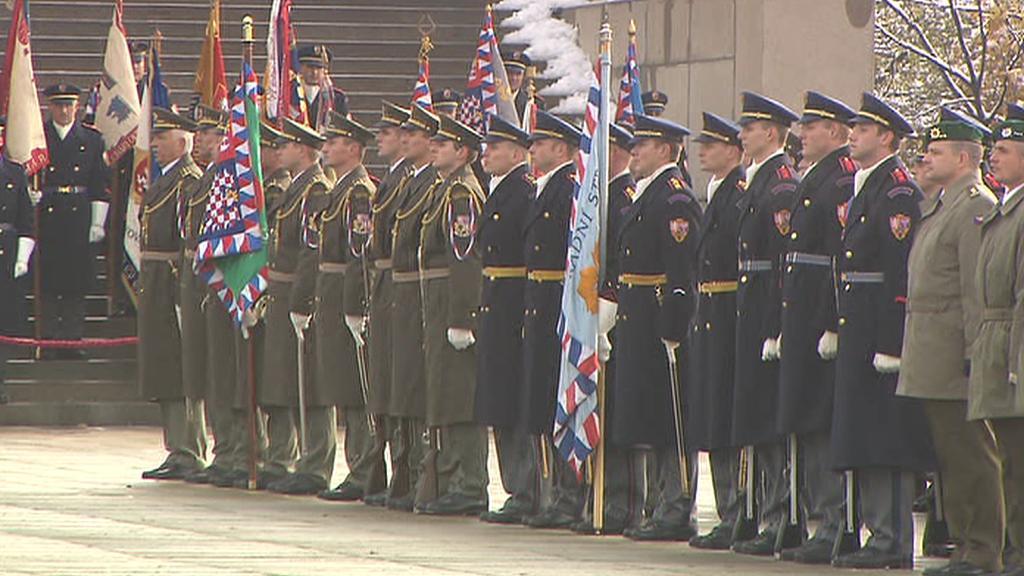 Přísaha vojáků na Hradčanském náměstí