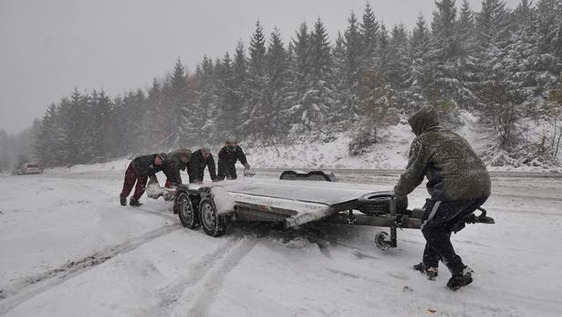 Sníh komplikoval dopravu na Českolipsku