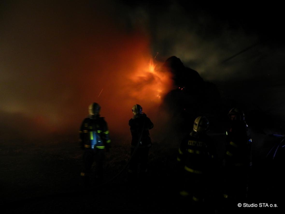 Noční požár v Břidličné