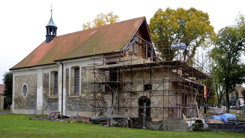 Kostel v Lenešicích bude po čtyřech letech otevřen