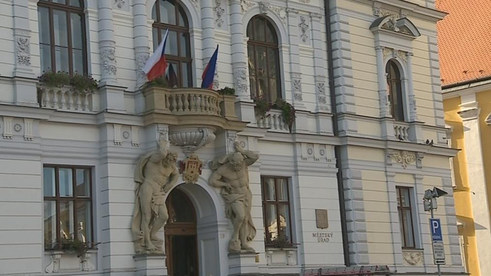 Radnice se o chystaném zasedání dozvěděla před pár týdny
