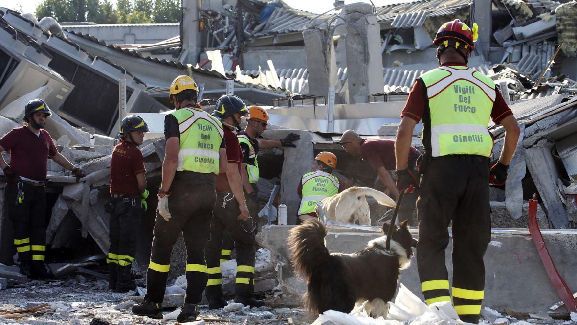 Záchranáři v Itálii