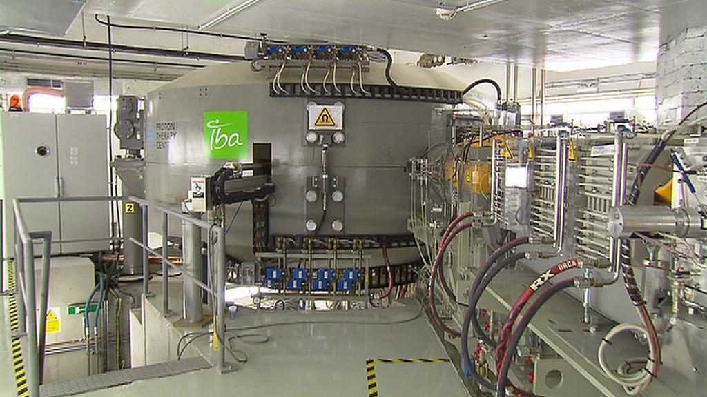 Přístroj pohánějící protony váží asi jako letoun Boeing pro tři sta cestujících