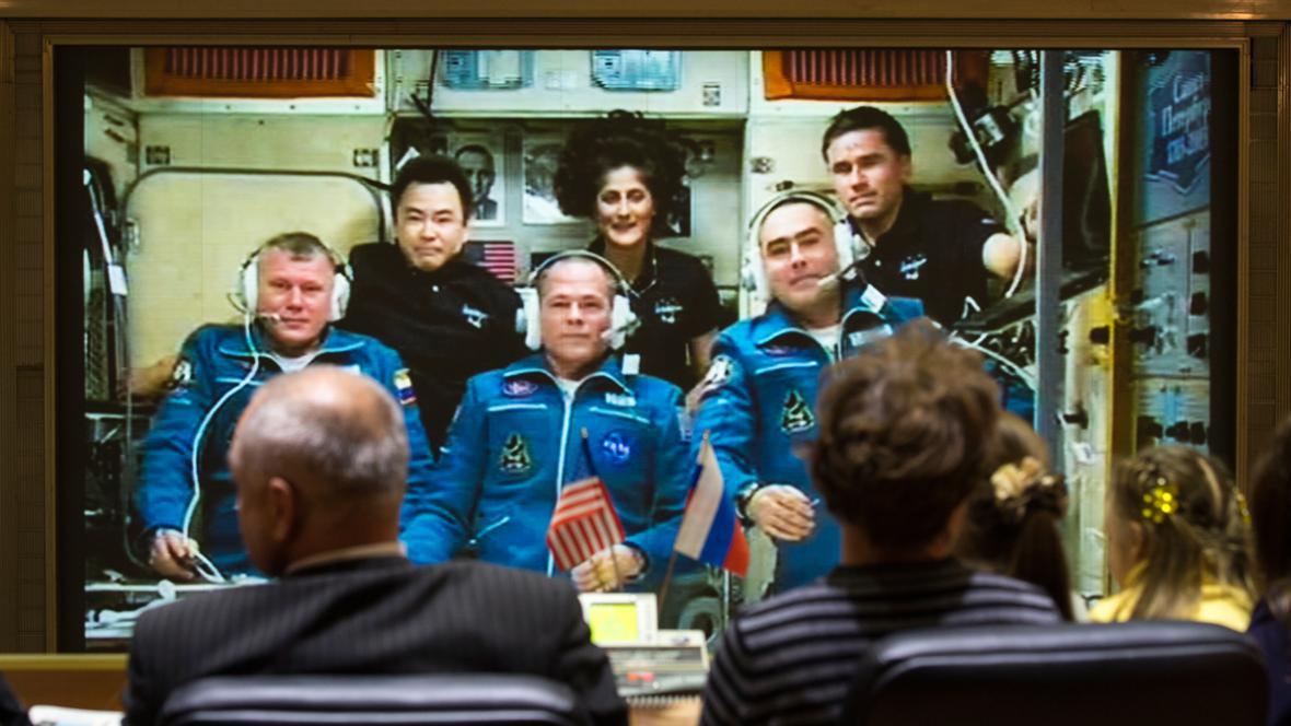 Posádka Sojuzu dorazila na ISS