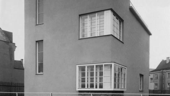 Haselmannův dům z ateliéru Jindřicha Kumpošta
