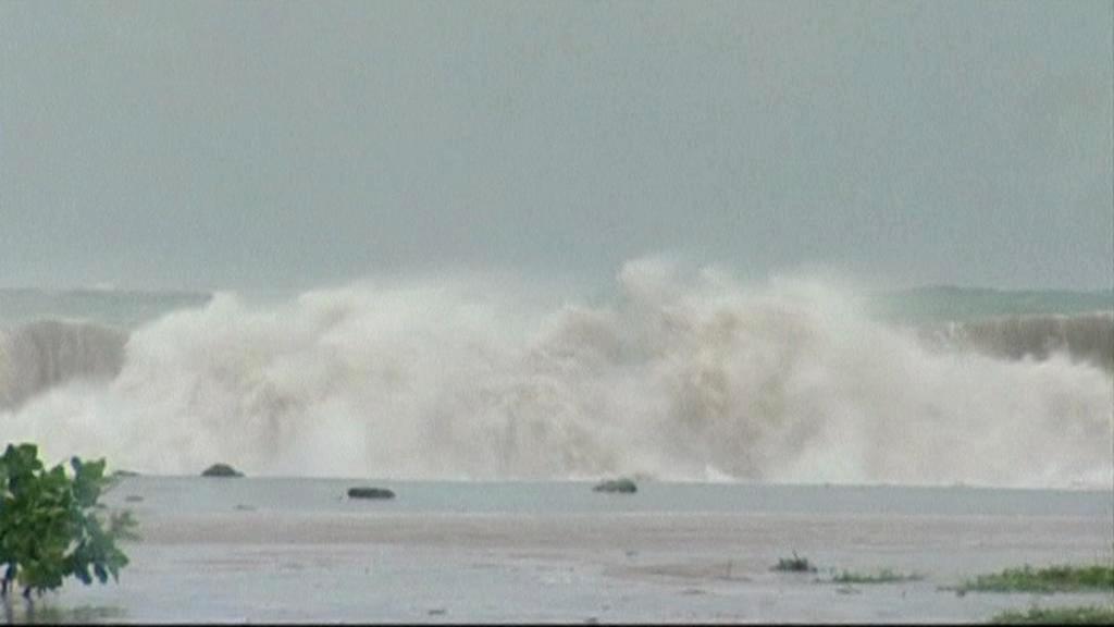 Hurikán Sandy se blíží na Kubu