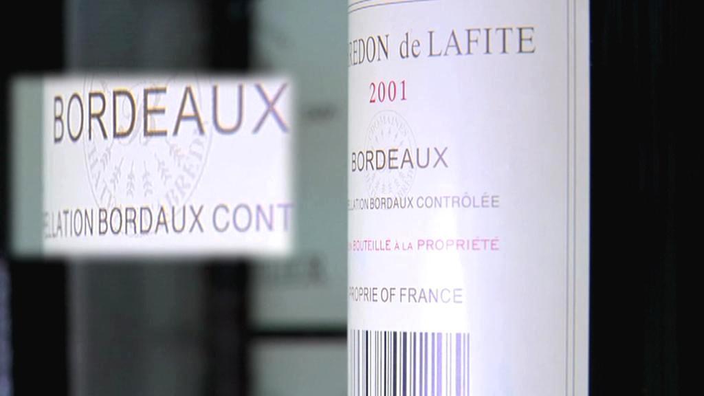 Čínský padělek vína z Bordeaux
