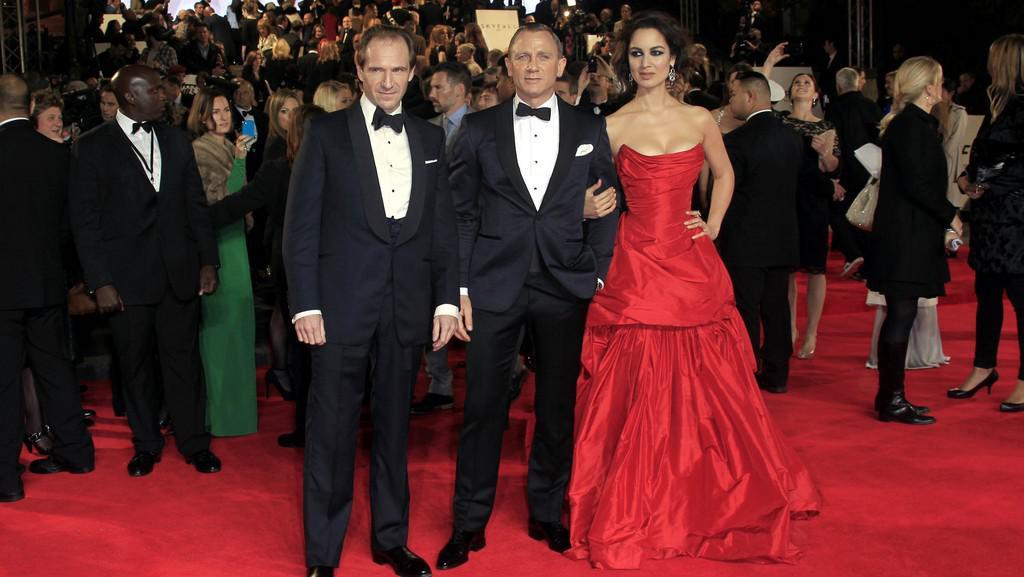 Ralph Fiennes, Daniel Craig a Bérénice Marlohe