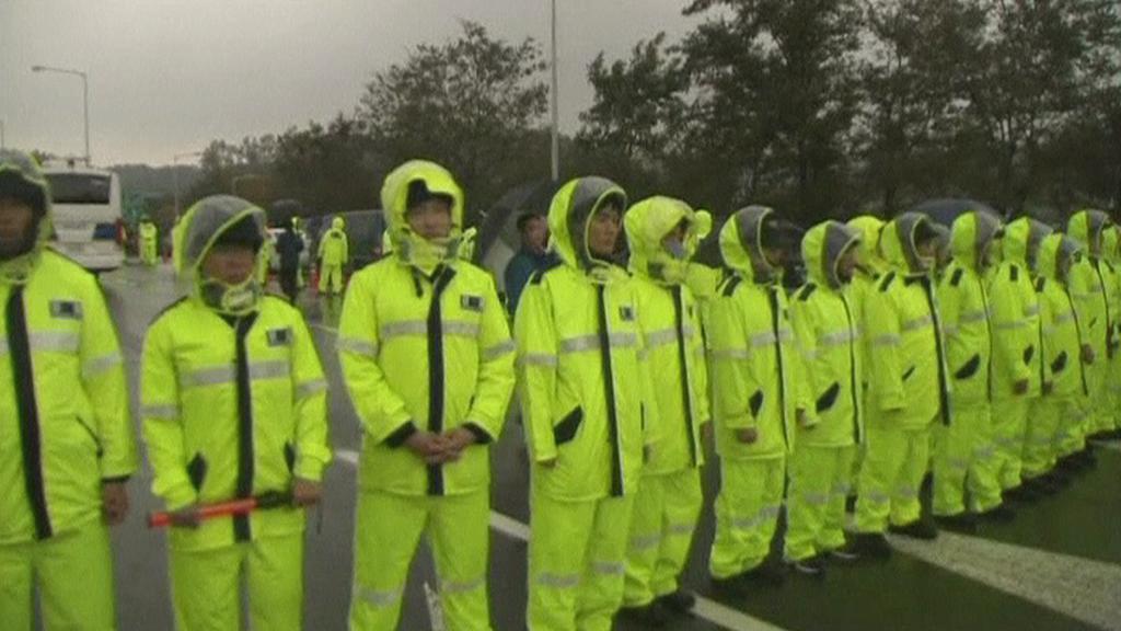 Jihokorejská policie brání aktivistům v přístupu do pohraniční oblasti