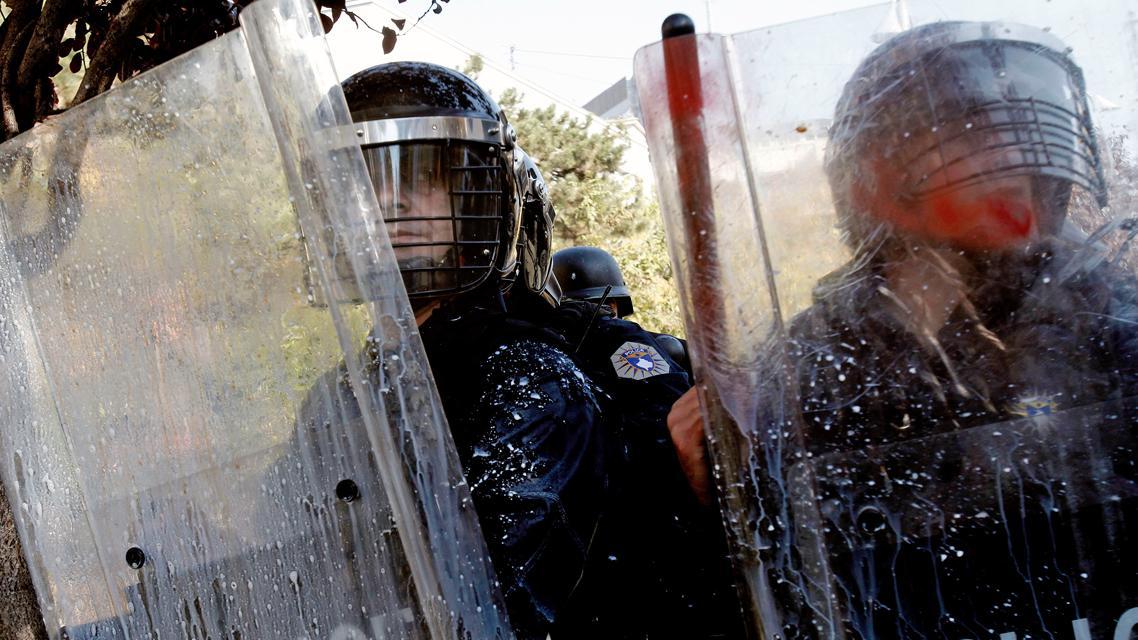 Kosovská policie zasahuje proti demonstrantům